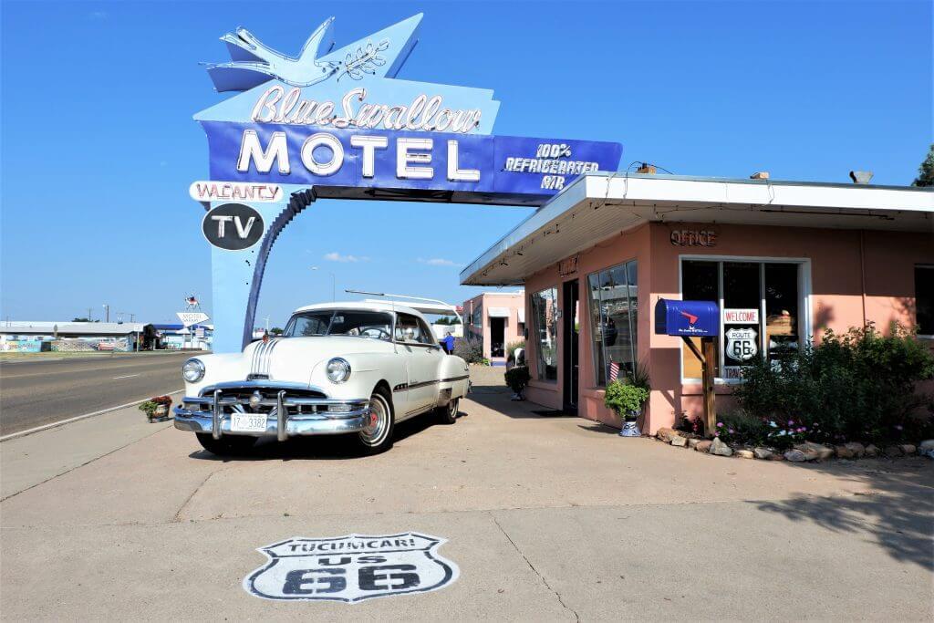 Blue Shallow Motel
